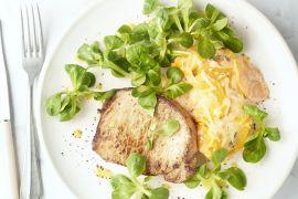 Foto van Varkenslapje met zoete aardappelgratin