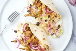 Foto van Pulled chicken wraps met coleslaw