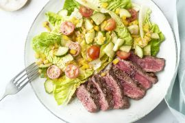 Foto van Gegrilde steak salade met sjalot vinaigrette