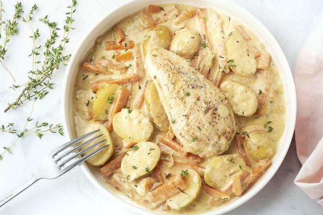Romig Frans stoofpotje met kip en krieltjes