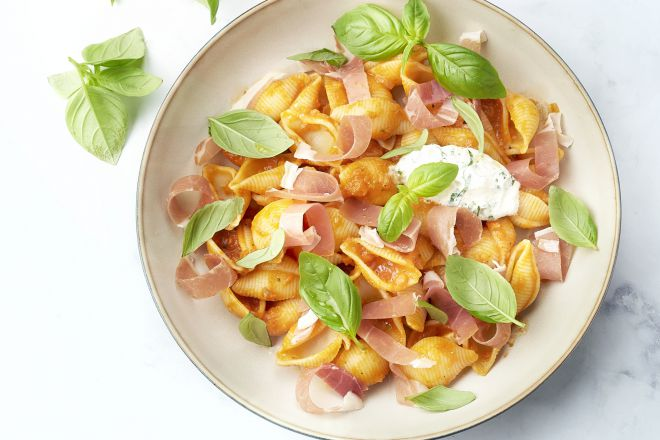 Conchiglie met Italiaanse ham en ricotta