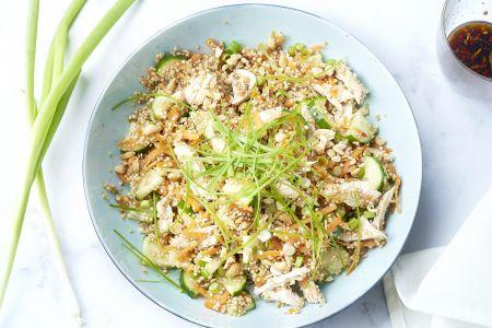 Aziatische quinoasalade met kip