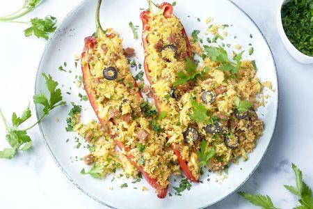 Gevulde puntpaprika's met couscous en chorizo
