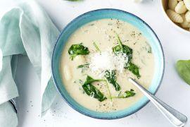 Foto van Champignon-roomsoep met spinazie en gnocchi