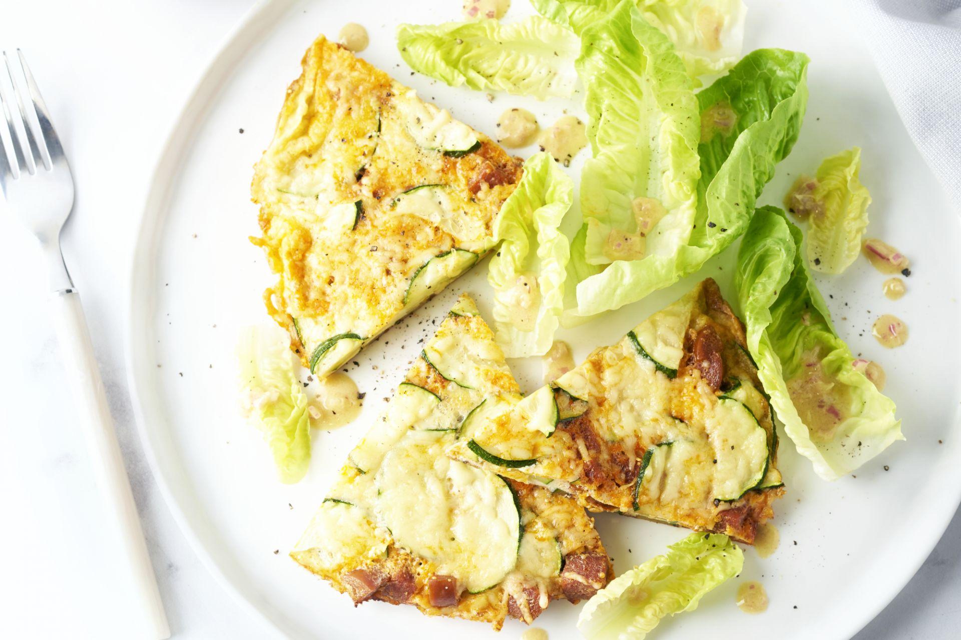 Frittata met courgette en chorizo