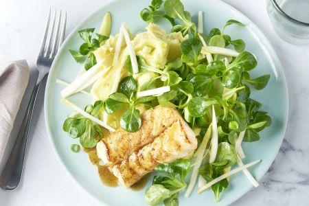 Limoenpuree met visfilet en een fris slaatje
