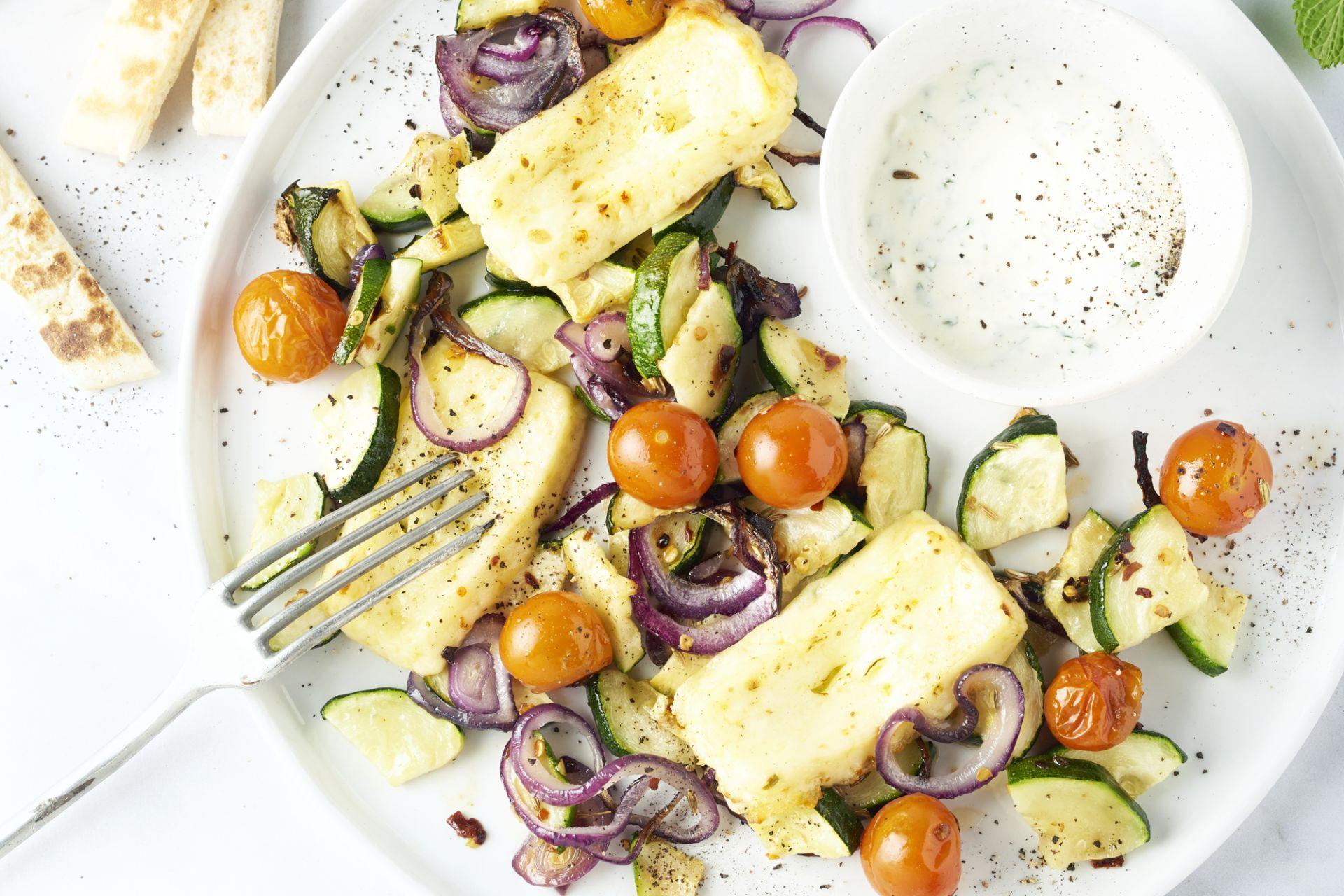 Ovenschotel met geroosterde groenten en grillkaas