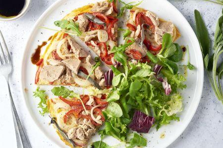 Frittata met tonijn, puntpaprika en salie