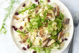 Foto van Salade van fregola sarda, gerookte makreel en gemarineerde venkel