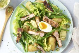 Foto van Luikse salade met gemarineerd buikspek