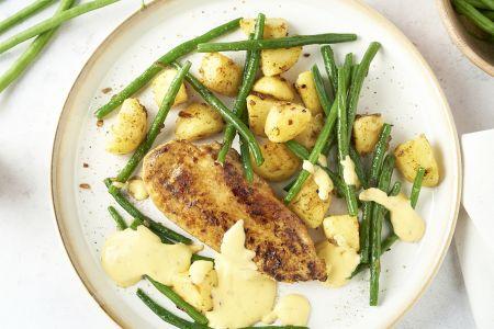 Kipfilet bearnaise met boontjes en gebakken aardappelen