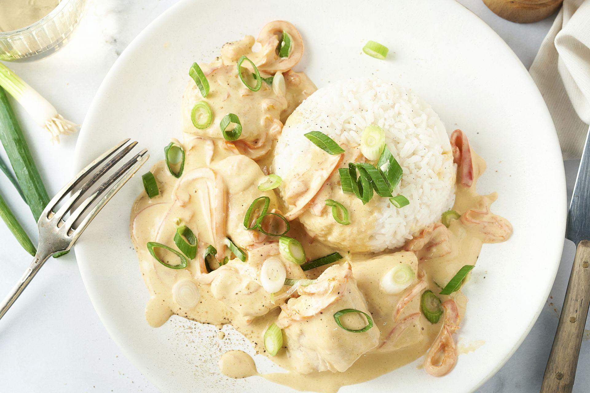 Panang curry met vis en rijst