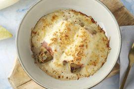 Foto van Witloofrolletjes met ham en kaas in bloemkoolsaus