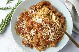 Foto van Snelle spaghetti bolognaise met worstjes