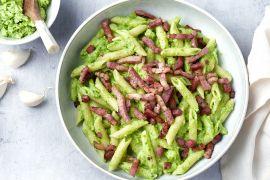 Foto van Penne met broccolipesto en spekblokjes