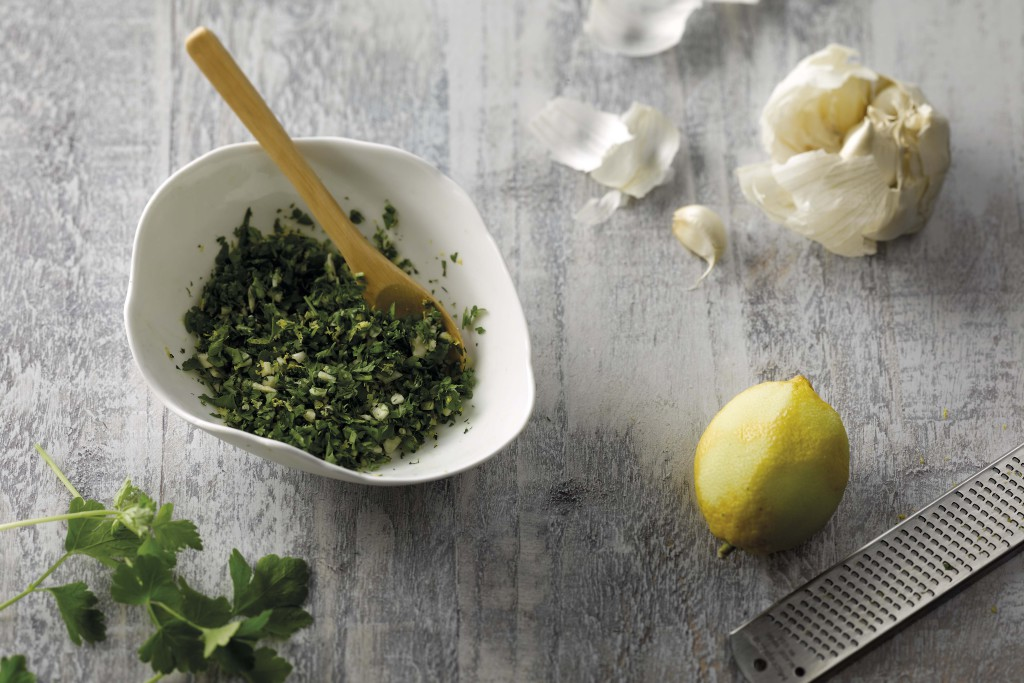 De klassieke gremolata met peterselie, knoflook en citroen