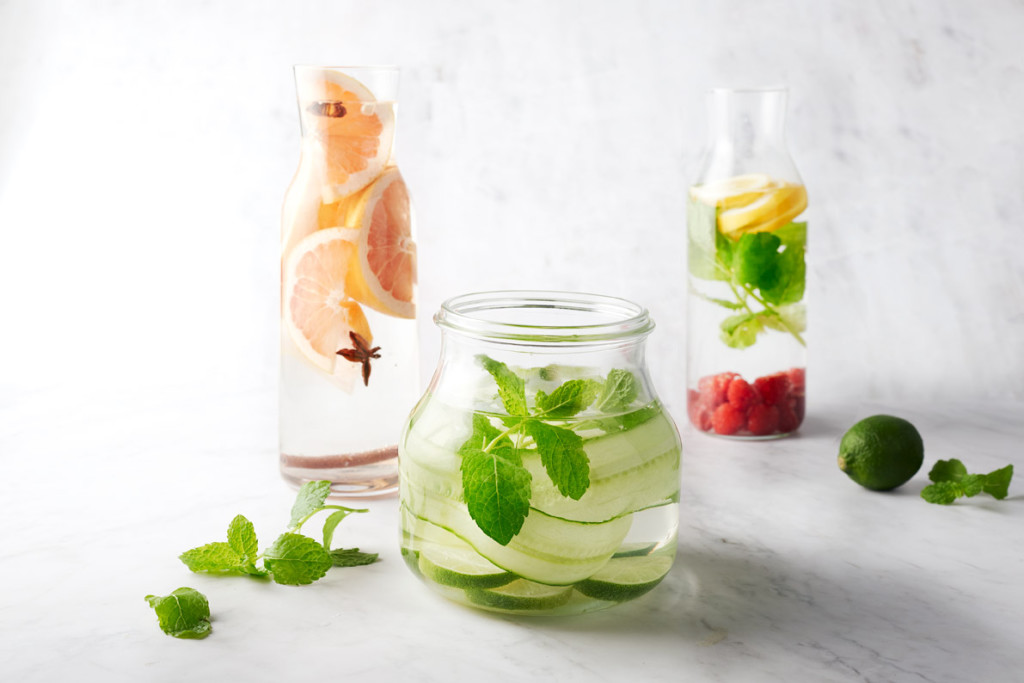 Parfumeer water met fruit, groenten en kruiden. Zalig verfrissend!